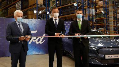 Ford központ átadása
