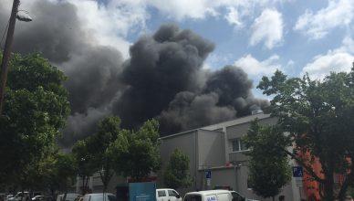 Tűz a Fáy utcában, kigyulladt egy informatikai raktár