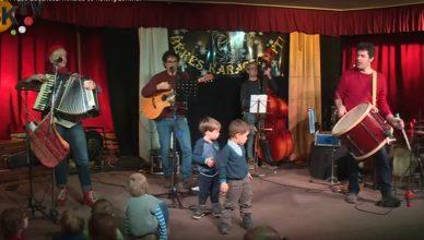 A Katáng zenekar és a Mikulás látogatott Budakeszire